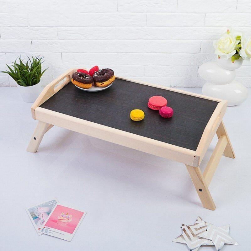 кроватный столик для завтрака в постель: удобно.