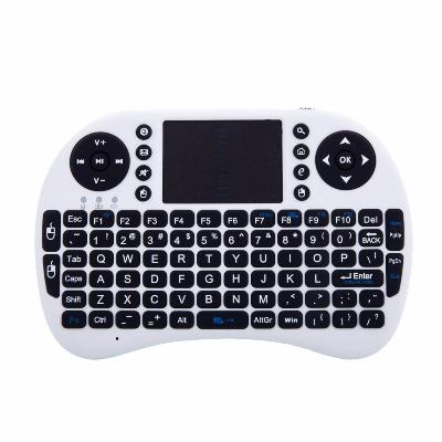 беспроводная мини клавиатура/джойстик mini i8 plus.