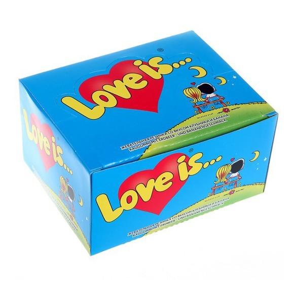 жвачка love is - клубника-банан (блок 100 шт) оптом.